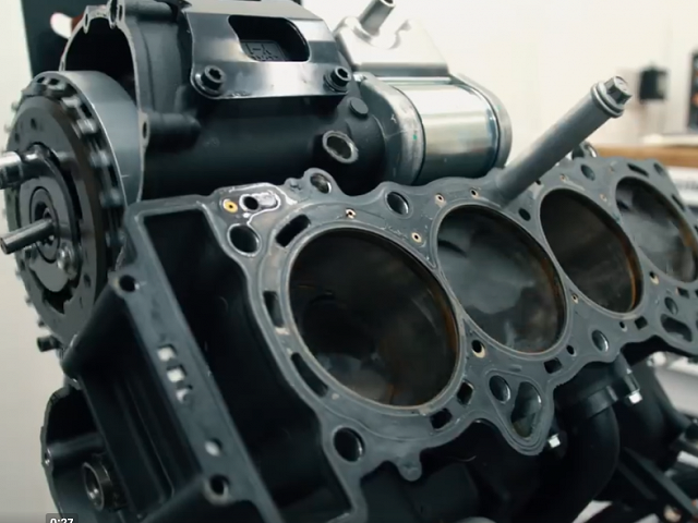 Engine - Liquid-cooled, 998cc, 4-stroke, DOHC, forward-inclined parallel 4-cylinder, 4-valves